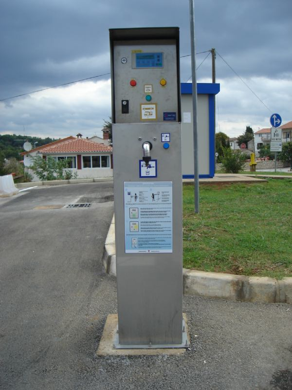 Fecal station for buses